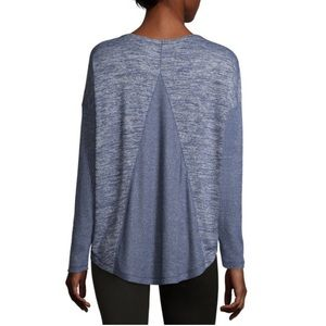 NWT a.n.a Round Neck Long Sleeve Tunic Top